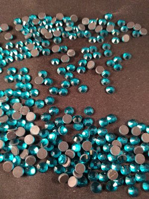 Blue Zircon SS 30 Premium DMC kwaliteit Hotfix steentjes