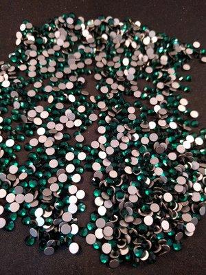 Emerald SS 16 Excellent Austrian kwaliteit non-hotfix plakstenen