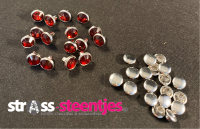 Studs met Strass (Acryl) - Indian Siam 6 mm