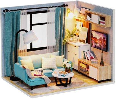Mini Dollhouse - Roombox - Corner of Livingroom