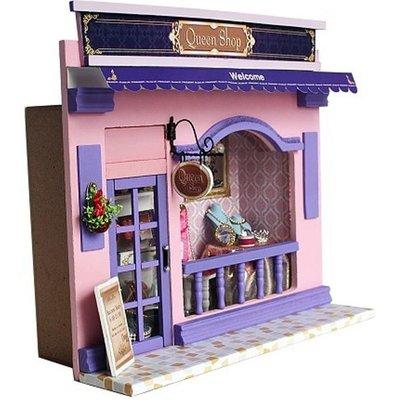 Mini Dollhouse - Queen Shop
