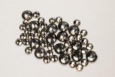Black Diamond SS10 Excellent Austrian kwaliteit Hotfix steentjes