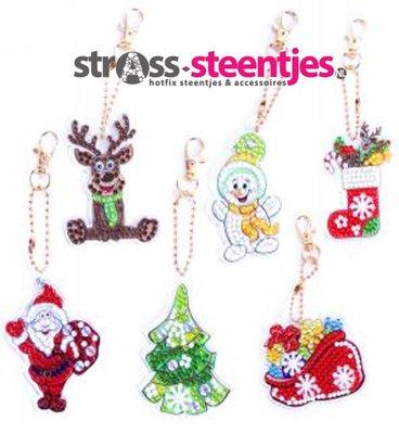 Diamond Painting Kerst Sleutelhangers Sneeuwpop, Rendier, Kerstman, Kerstboom, Kerstsok en Zak met cadeaus (Set 6 stuks)