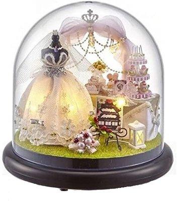 Mini Dollhouse - Together Around Globe - Love is Permanent