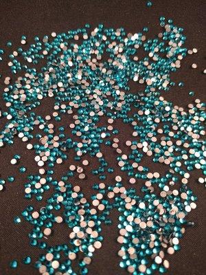 Blue Zircon SS 6 Excellent Austrian kwaliteit non-hotfix plakstenen