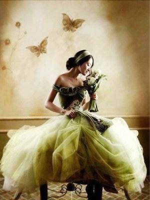 Diamond Painting pakket - Vrouw in jurk met bloemenboeket 30x40 cm (full)