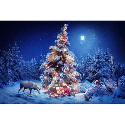 Diamond Painting pakket - Versierde kerstboom in het bos 45x30 cm (full)
