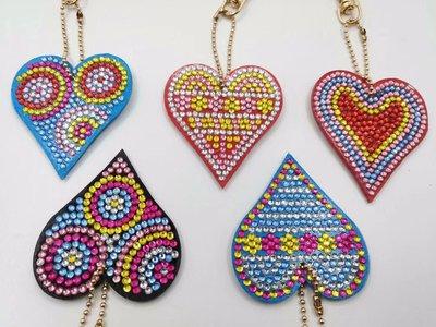 Diamond Painting Sleutelhangers Hartjes (Set 5 stuks)