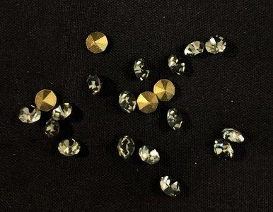 Black Diamond SS20 Pointed Back Rhinestones (per 20 stuks)