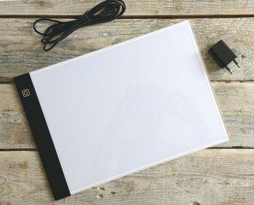 Diamond Painting Light Pad A4 formaat - Dimbaar (3 standen)