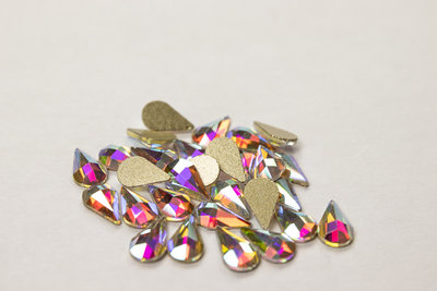 Bolle Druppel met punt 9 mm Crystal AB Non hotfix Rhinestones figuren Superior Glamour kwaliteit