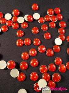 hotfix epoxy 8 mm kleur egaal rood