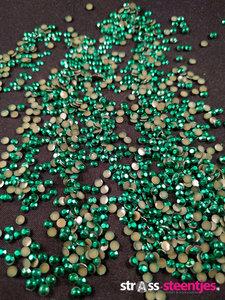 hotfix rhinestuds ss 10 kleur groen