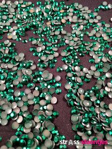 hotfix rhinestuds ss 16 kleur groen