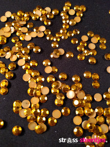 hotfix studs figuur rond 8 10 mm kleur goud