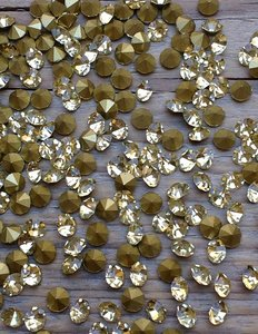 Jonquil SS10 Pointed Back Rhinestones