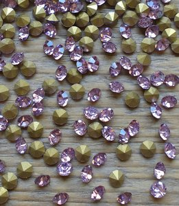 Violet SS10 Pointed Back Rhinestones