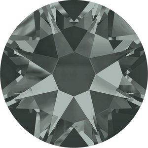 Swarovski hotfix steentjes kleur Black Diamond (215) SS20